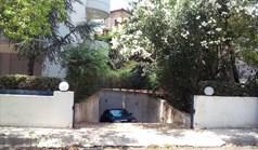عمل 130 m² في أثينا