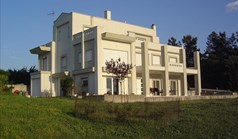 Detached house 223 m² in the suburbs of Thessaloniki