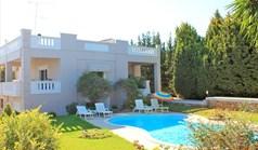 فيلا 380 m² في جزيرة كريت