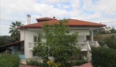 Detached house 220 m² in the suburbs of Thessaloniki