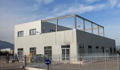 تجارت 774 m² در آتیکا