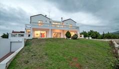 独立式住宅 480 m² 位于阿提卡