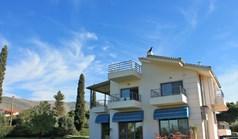 独立式住宅 320 m² 位于阿提卡