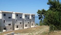 商用 3050 m² 位于卡桑德拉(哈尔基季基州)
