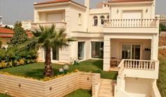 Villa 385 m² in Attika