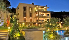 Villa 870 m² in Attika