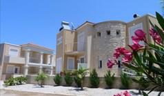 بيت صغير 83 m² في جزيرة كريت